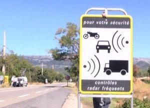 panneau-radar-autonome